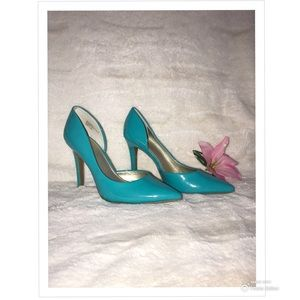 A.n.a stiletto pointed toe teal heels!